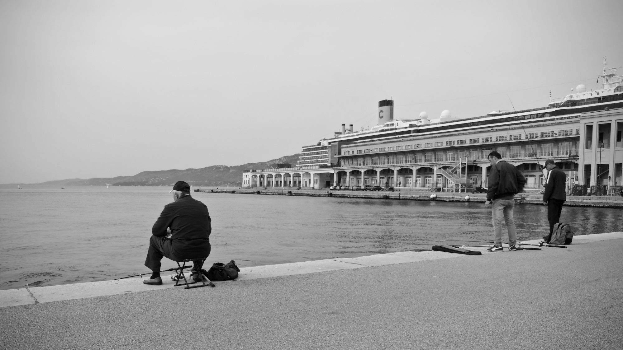 Massimiliano Scarpa photographer - Trieste 2016 - Il pescatore
