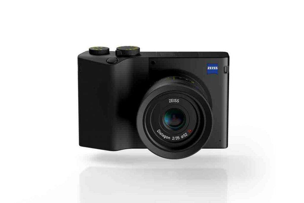 Zeiss ZX1 mirroless sensore full-frame 37,4 MP CMOS