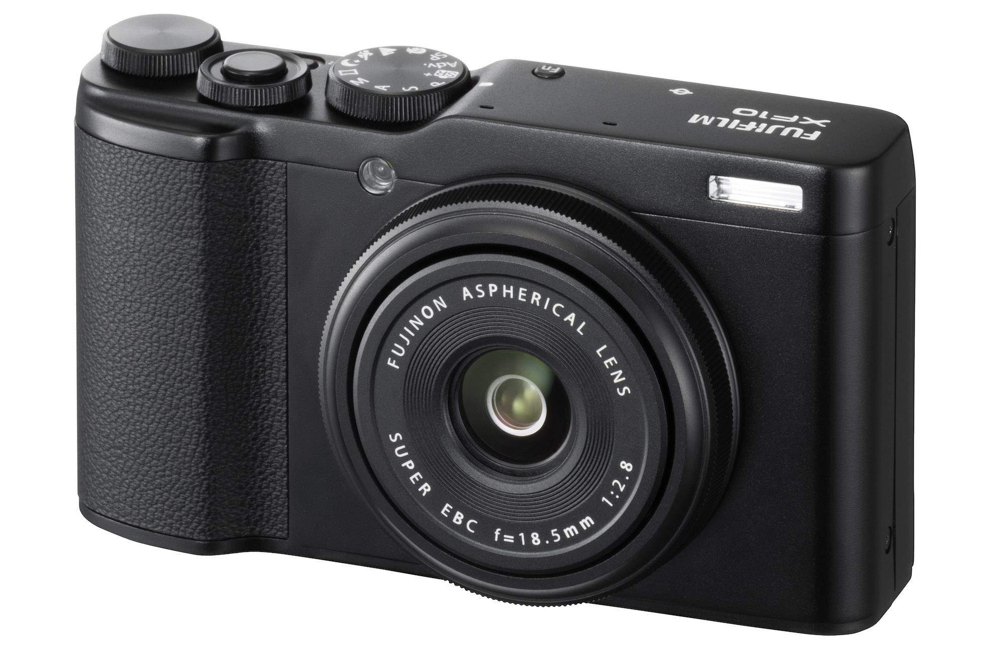 Fujifilm XF10 - una macchina compatta con sensore APS-c